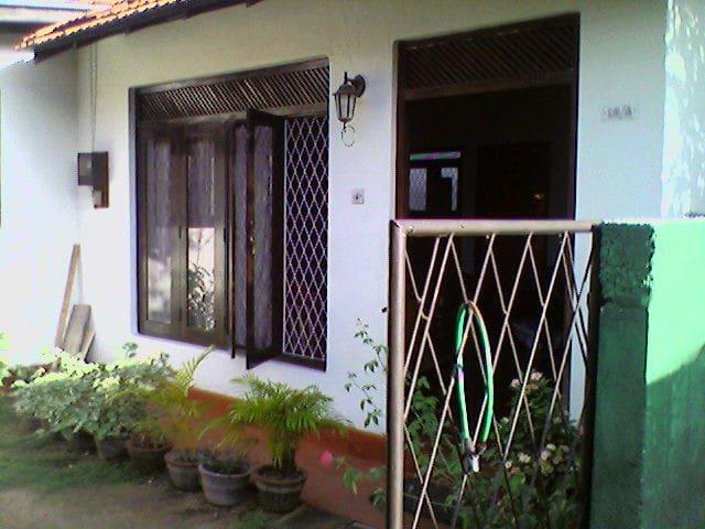Reliable house in Moratuwa - Moratuwa - House