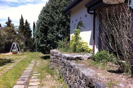 La Casa del Cavaliere - Santa Maria di Licodia - 小屋