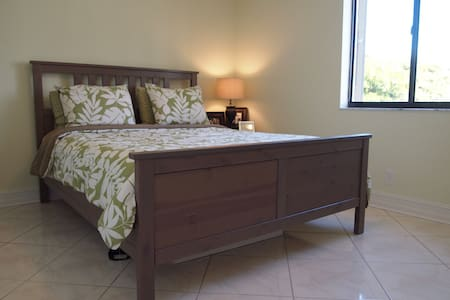 Centrally located stay in South FL! - Boynton Beach