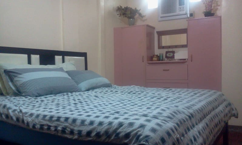 Apartment studio in Lucena City, PI - Lucena - Lägenhet