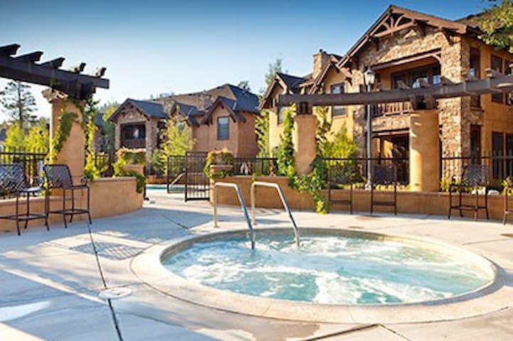 3 BDR 3 BATH BIG BEAR VILLA SLPS 10 - Big Bear Lake - Villa