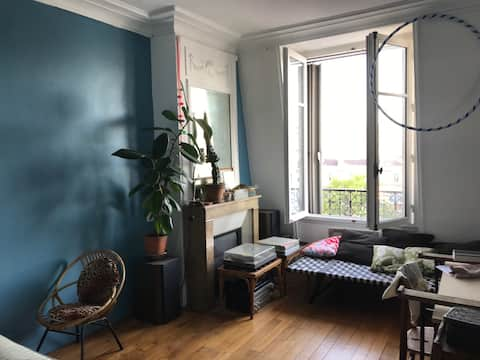 Charmant appartement, bas Montmartre
