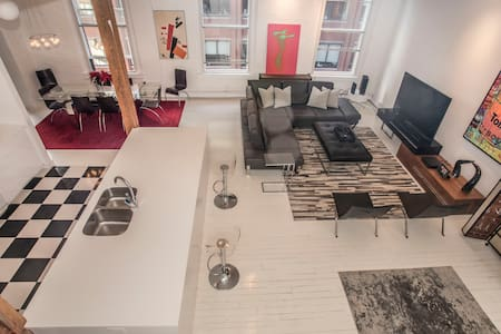 Lux 3 floor penthouse with roof deck in Downtown - Boston - Loft