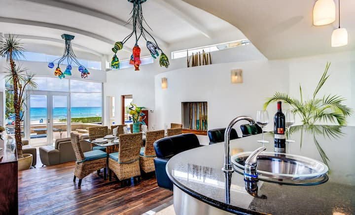 Private Chef & Large Pool | 5* Everything! Oasis!