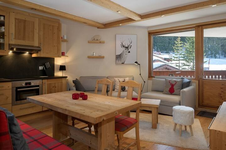 A chalet ambiance with a perfect situation.