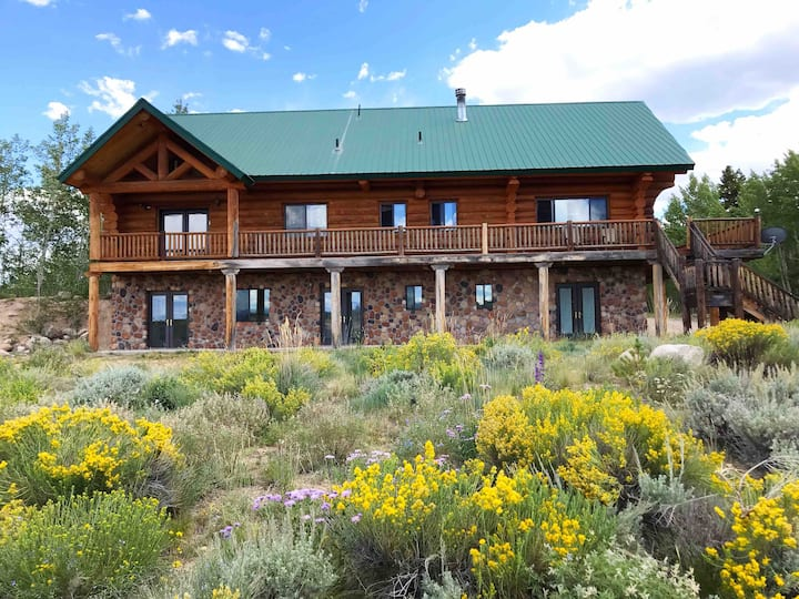 Gorgeous Mountain Lodge, Spectacular views