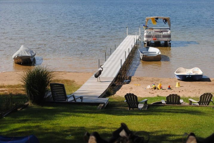 Muskegon Beautiful Sunsets! Sandy Beach! PONTOON - Twin Lake