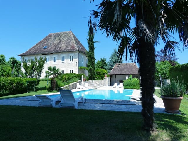 Domaine du Manoir - Les Avenières - Dům pro hosty
