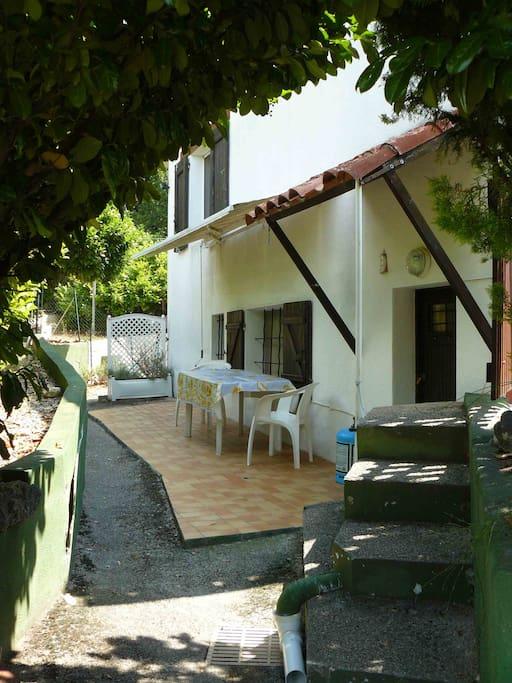 terrasse : gite des Hespérides.com