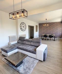 Chambre dans l'HYPERCENTRE, appartement triplex