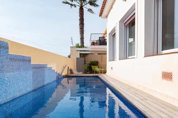 HHBCN Beach House Castelldefels #3 - Long term