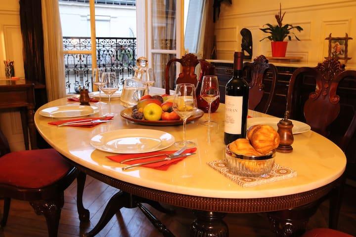 Lovely 3 room 600 ft2 Montparnasse-Pernety