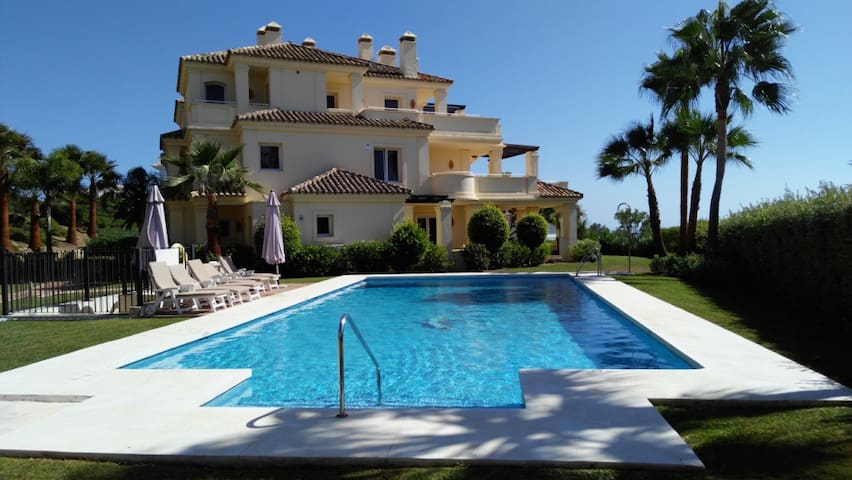 Luxurious Apt on Costa del Sol (Casares Playa) - Casares - Apartment