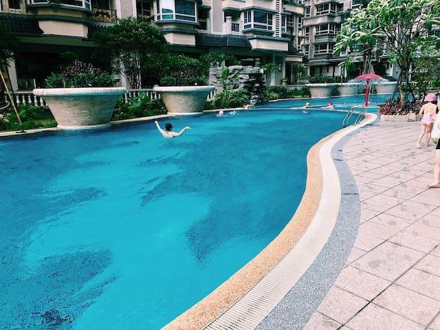 近捷運站泳池健身房度假單人房