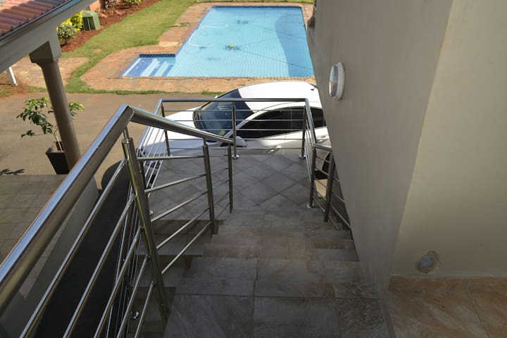 Khulani Self-Catering Guest House - Durban North - Wohnung