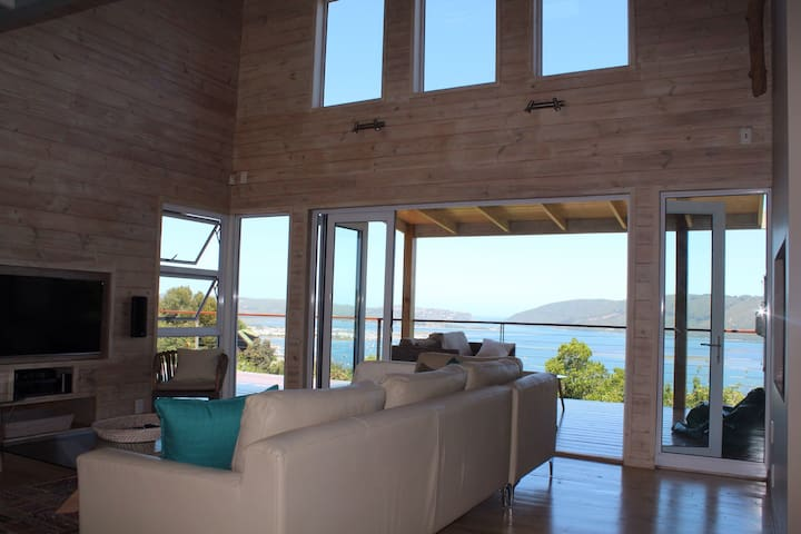 Stunning contemporary holiday home! - Knysna - House