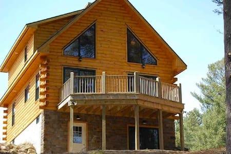 4 bedroom chalet in the Adirondacks - Stony Creek - Chalet