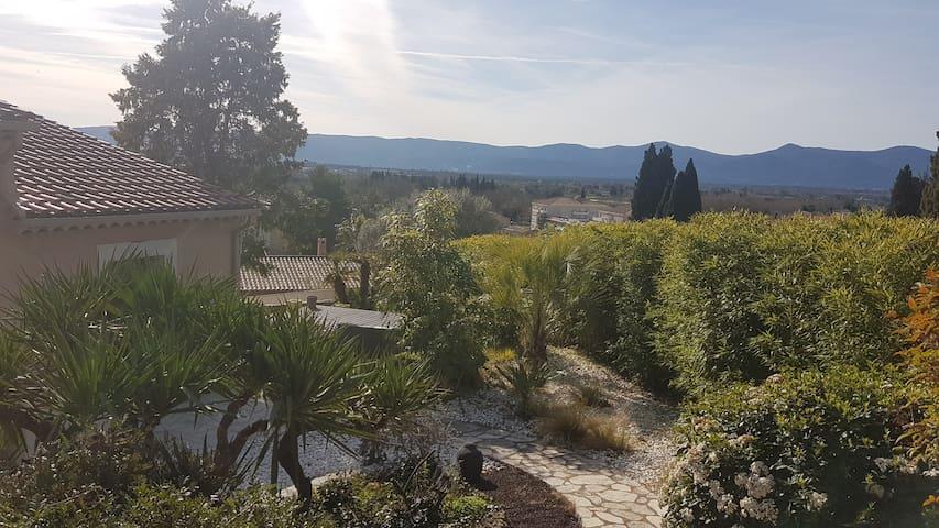 Le Luc (Var) Villa provençale avec piscine privée. - Le Luc