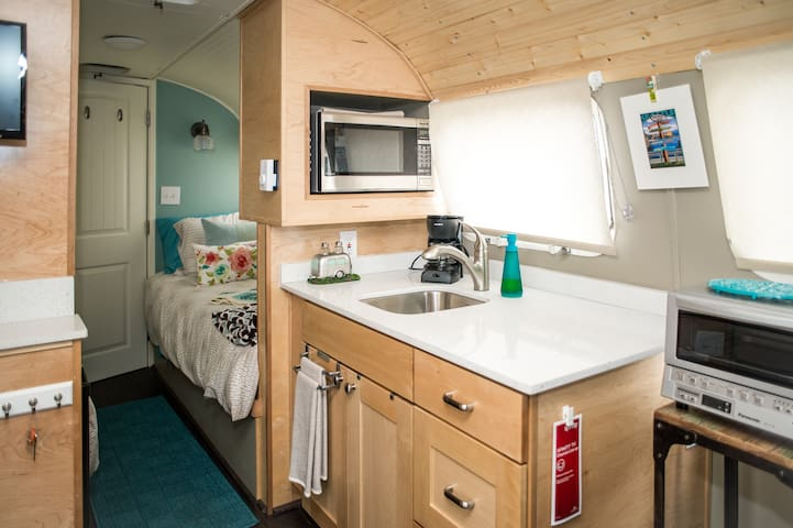 Tiny house near airport! Unique stay in Seattle