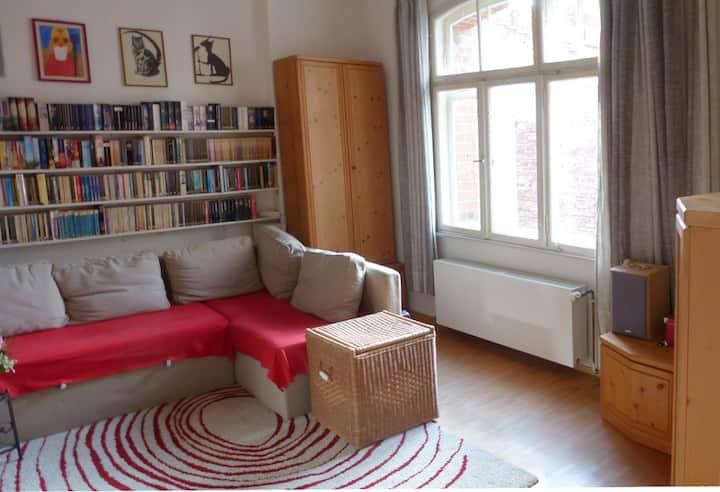 Ruhiges Zimmer, fast im Zentrum