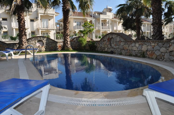 Calis Villa 10 Minutes Walk 2 Beach