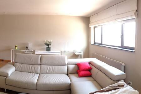 centraal ,modern,ideale uitvalbasis - Poperinge - Apartment
