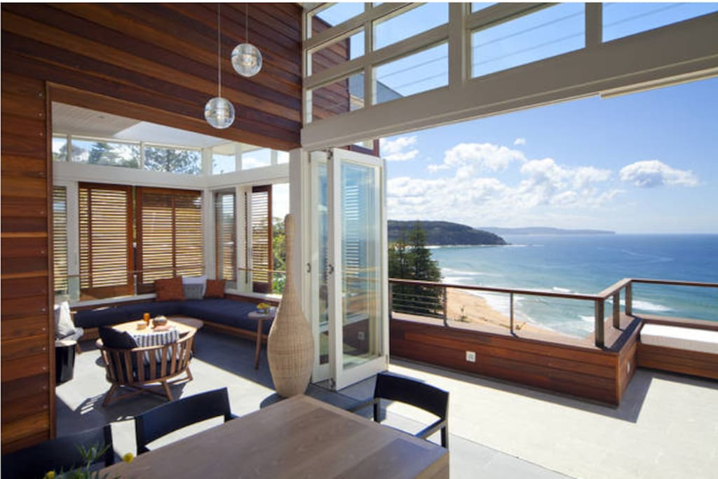 Sun drenched living spaces, retractable roof in upstairs lounge