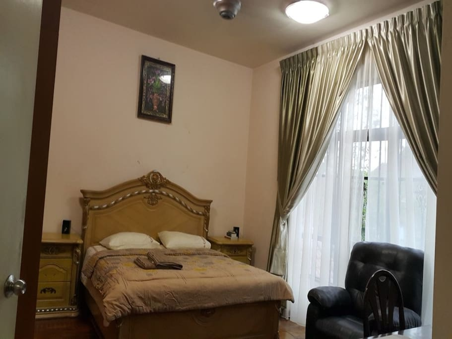 Master bedroom with king size, air cond and ceiling fan, wardrobe,  private bathroom with hot water