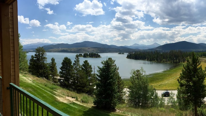 Sunny, Lake View Condo in Frisco, Colorado