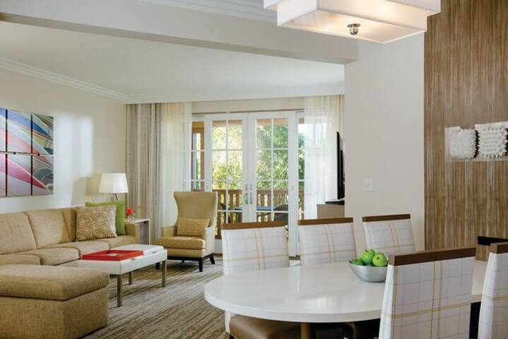 MARRIOTT NEWPORT COAST VILLAS - 2 BEDROOM SUITE