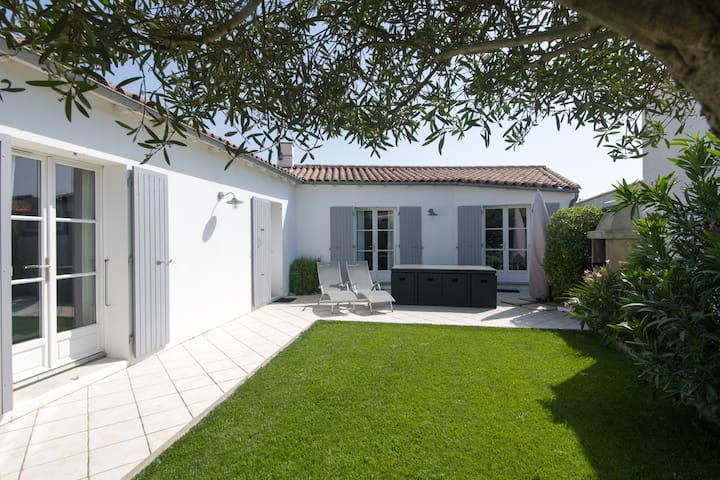 ORIÈGE Villa avec Spa