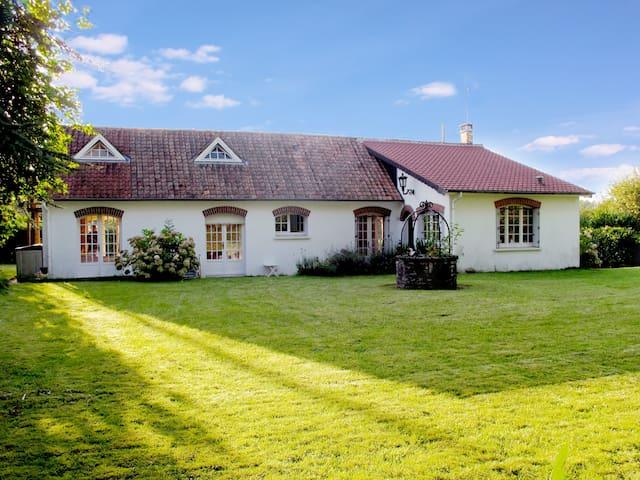 Charming rural getaway, 1 hr Calais - Crécy-en-Ponthieu - House