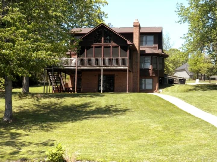 Entire House 5BR/3.5BA Waterfront