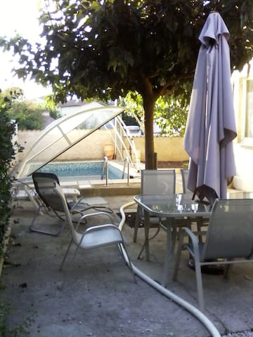 LE CLAIR LOGIS ;Jolie villa,piscine,barbecue ,,,,