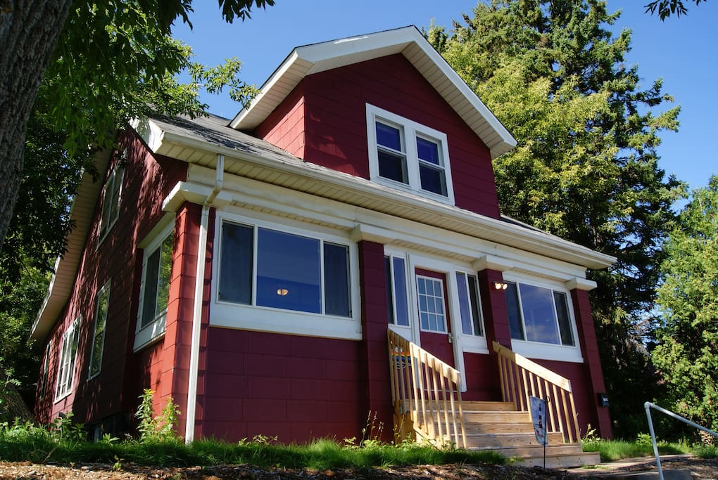 Skyline vacation rental 299 tax nt for 2018 h user for Vacation rentals minneapolis mn
