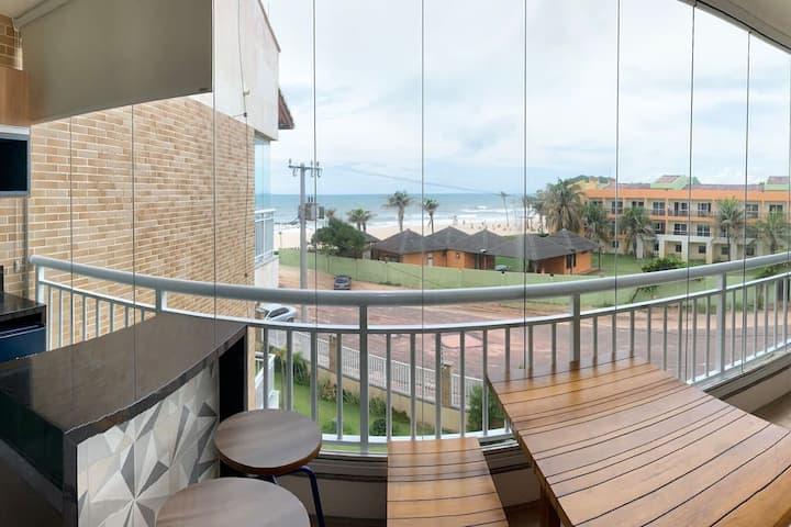 Apartamento no Porto das Dunas com vista p/ o mar