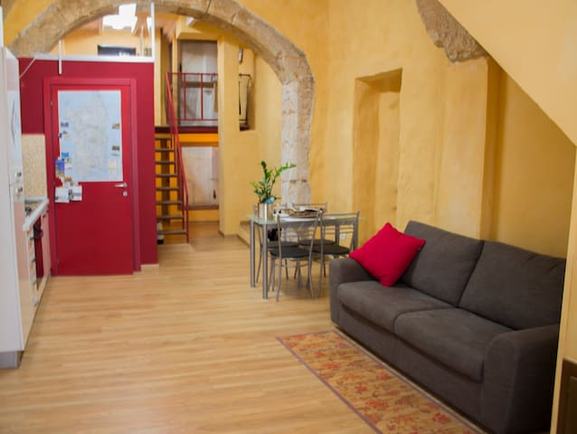 Red Loft in old center