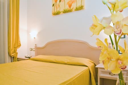 Luna b&b qualità e servizi da hotel - Sangineto Lido