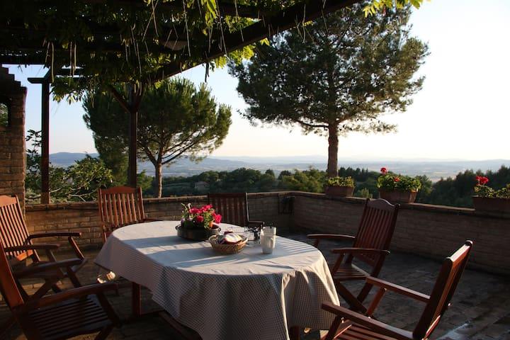 Assisi Il Casale nella natura