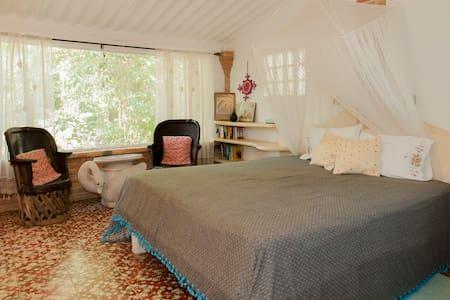 Casa Del Jardin, Guadalupe´s Room - Sayulita
