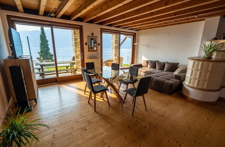 casa privata con vista mozzafiato a Castelletto