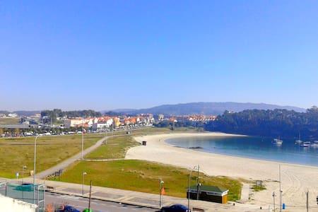 Ático a pie de playa en Portonovo