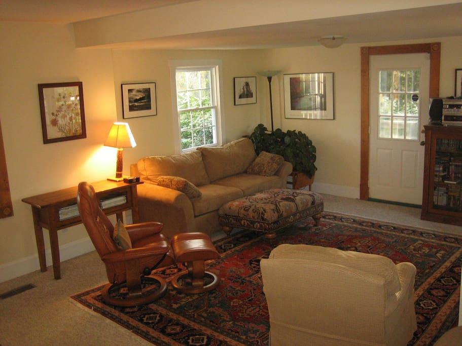 Bluebird Cottage Living Room