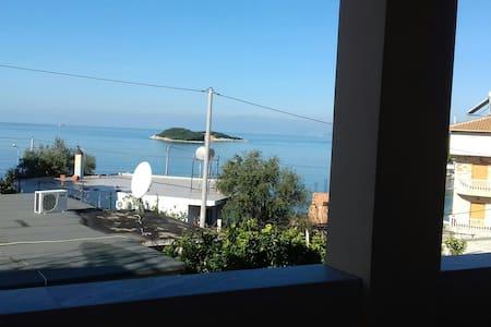 Villa  E Gurt  Apartment - Ksamil - 아파트