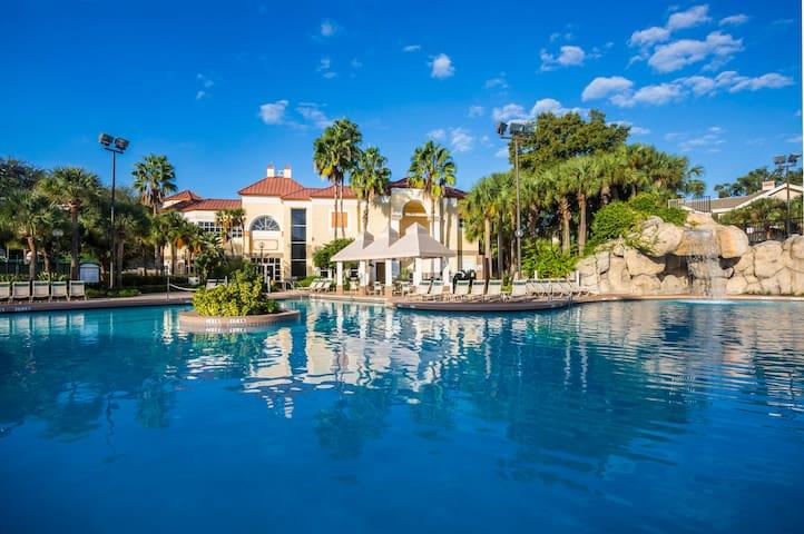 Sheraton 2BD Villa- Disney 1 mile - Orlando - Apartamento