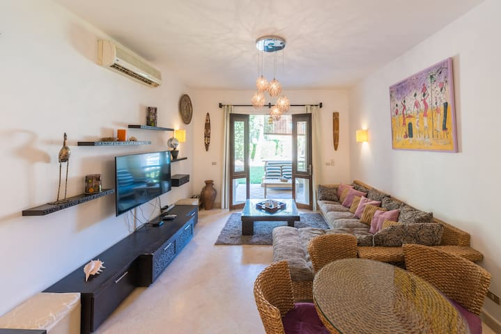 Beautiful Cosy 3 bedroom Apartment in South Marina