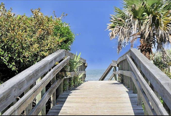 New Smyrna three bedroom, two bath condo. - New Smyrna Beach - Condominio