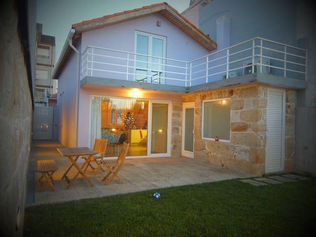Modern huis & tuin, Porto - kust - Leça da Palmeira - Huis