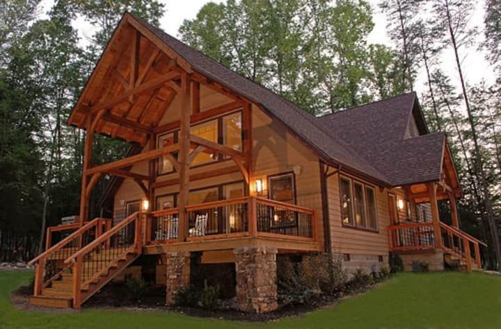 Vandalia -Luxury cabin on the rim of Gauley Canyon