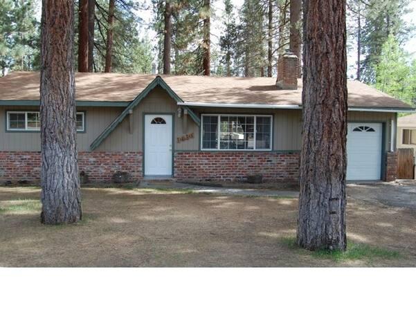 Family Friendly Tahoe Home - South Lake Tahoe - House